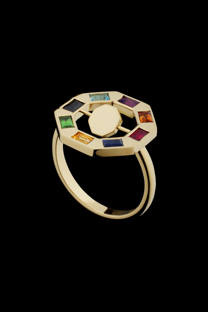 Flip Octo Ring with Stones Black